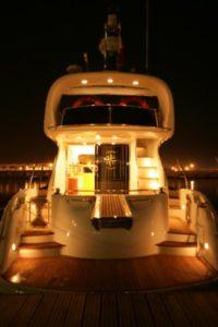 Noche romántica a bordo de Doqueve 46
