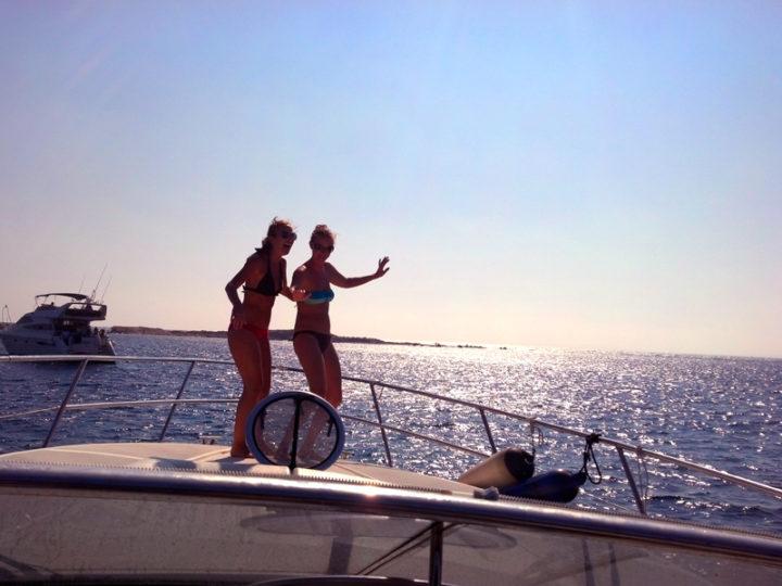 5 razones para que te decidas a alquilar un barco para vacaciones ¡y este verano cambia la tierra por el mar!