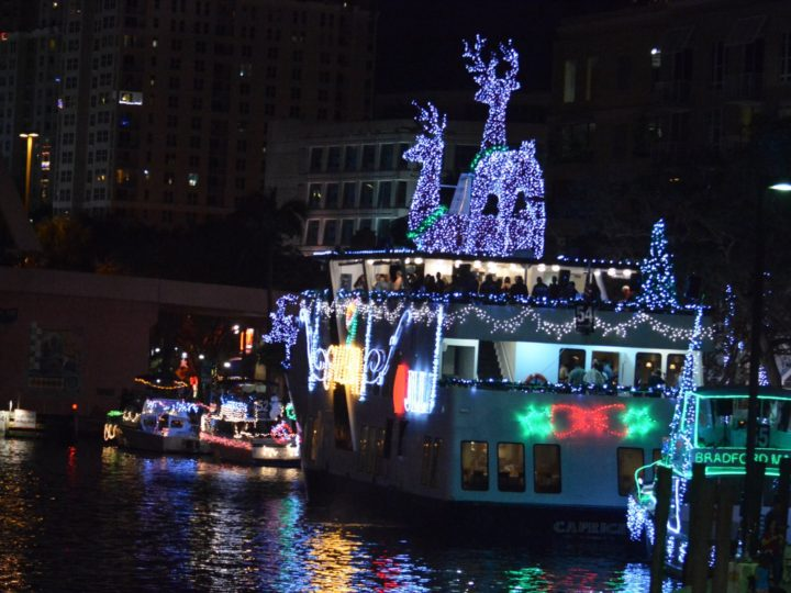 Christmas Boat Parade: A tradition to discover and enjoy!