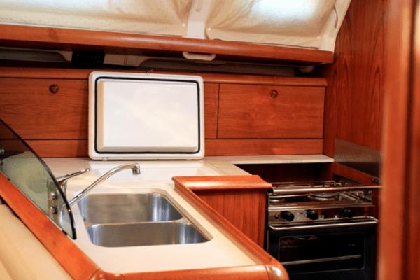jeanneau 39 cocina