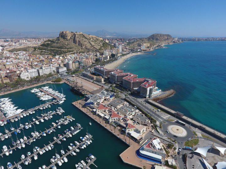 Reserva tu alojamiento en Alicante  y descubre el encanto del Mediterráneo